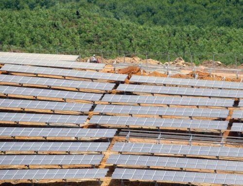 Hạ nhiệt đầu tư điện mặt trời